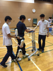 装着型サイボーグ「HAL®医療用下肢タイプ」(以下HAL®)を用いた治療