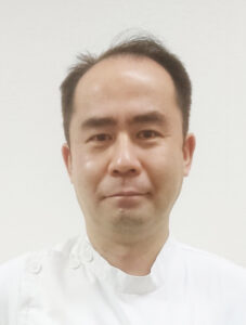 副院長兼診療部長兼地域医療連携部長 六崎裕高